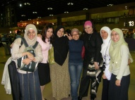 With people who sent us off at Singapore airport