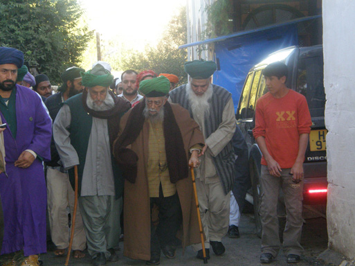 Mawlana Shaykh Nazim and his followers